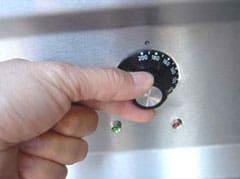 teppanyaki griddle temperature control dial