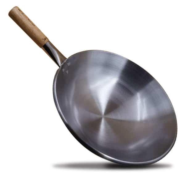 lightweight queen wok 3